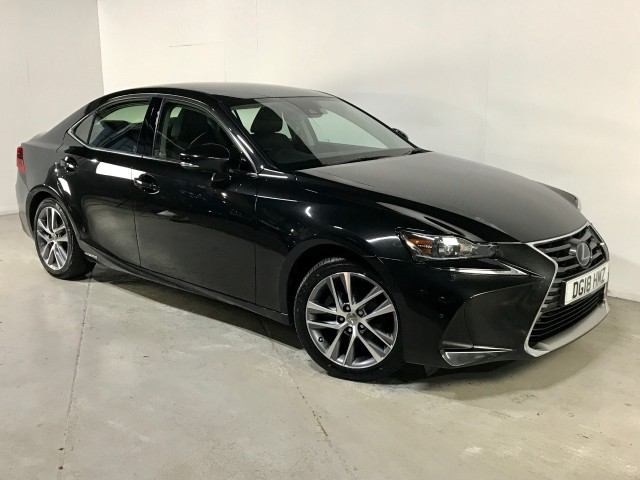 Used Lexus IS 300h Executive Edition Saloon