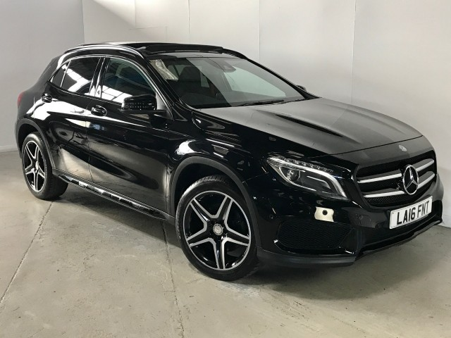 Used Mercedes Benz Gla-class Gla 250 4matic Amg Line Premium Plus Estate