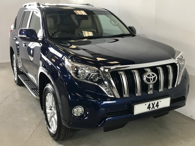 Used Toyota Land Cruiser D-4d InvinCible Estate